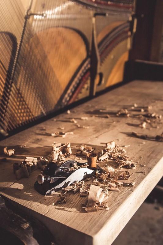 Новая жизнь старого пианино 1907 года — оно стало роскошным столом