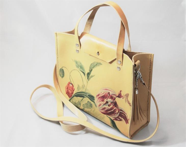 Кожаные сумки с рисунками