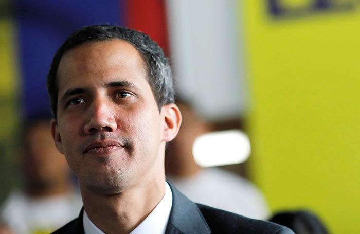Гуайдо открыл границы Венесу…