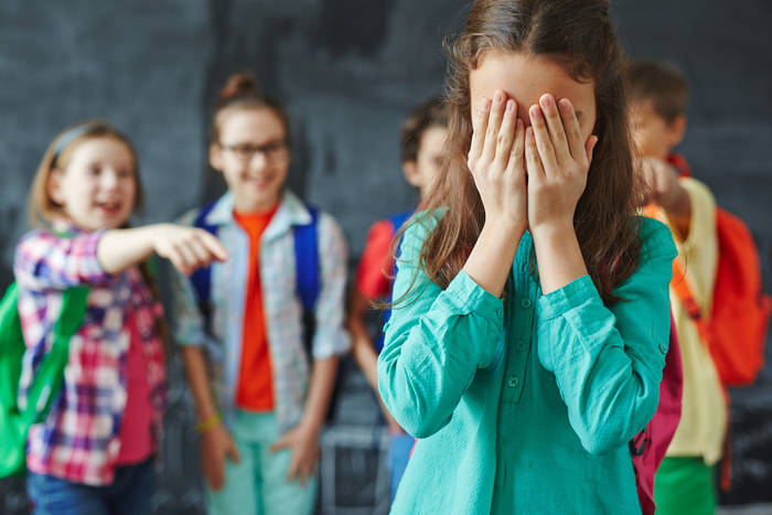 10 признаков, что ребенка нужно показать психологу: памятка родителям воспитание,Дети,Жизнь,Отношения,проблемы