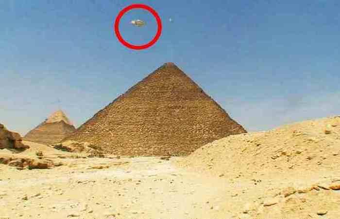 Пирамиды были построены пришельцами.