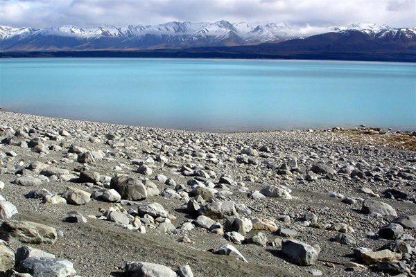 Волшебный уголок Новой Зеландии: бирюзовое озеро Пукаки