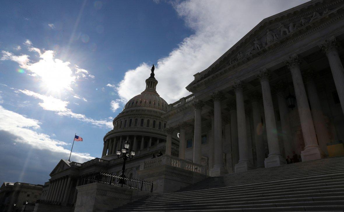 Законопроект о новых санкция…