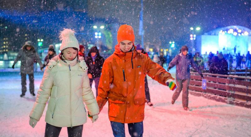 В Москве открылся самый большой каток в мире