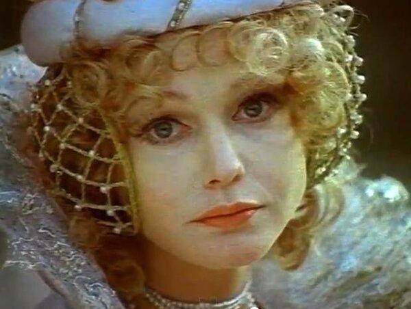 «Комический любовник, или Любовные затеи сэра Джона Фальстафа» (1983). Не спасло её и наличие костюмно-исторического фона.