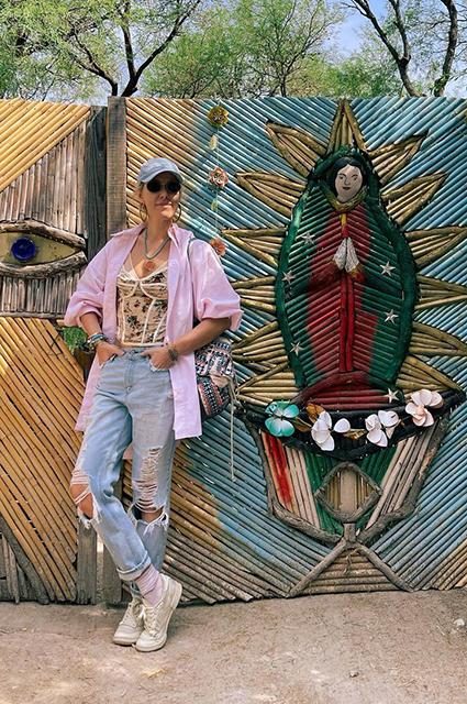 Пустые музеи и вилла Эскобара: Ксения Собчак с подругами отдыхает в Мексике Новости