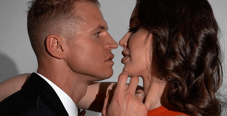 Дмитрий Тарасов и его супруг…