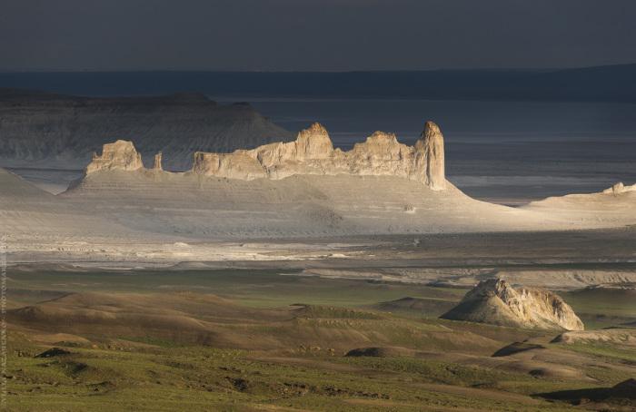 Удивительные останцовых горы на месте Древнего Тетиса. / Фото: Юля Назаренко.