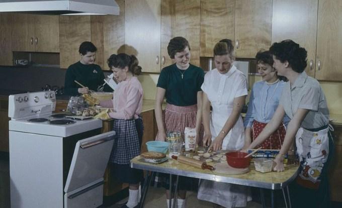 """Как привлекали женихов в 50-е: 129 советов """"как выйти замуж"""" из журнала McCall's за 1958 год"""