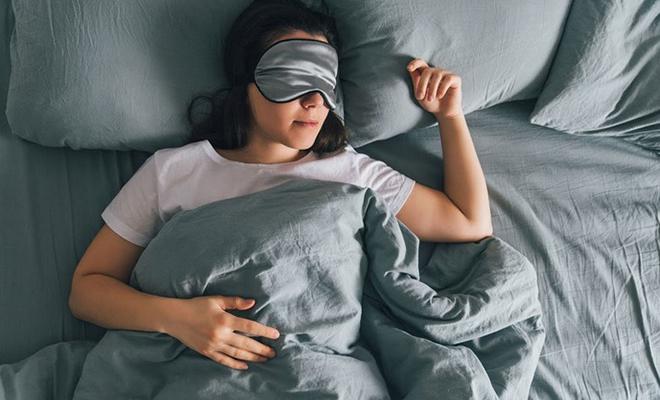 Для сохранения молодости достаточно правильно спать. Эксперты назвали основные критерии