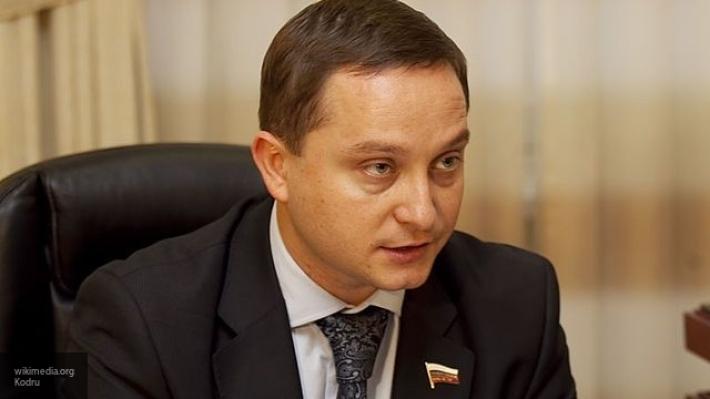 Кандидат в президенты РФ Роман Худяков снялся с выборов в пользу Владимира Путина