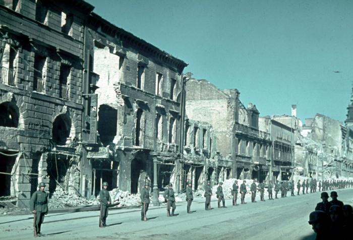 Разрушенная немцами Варшава. Польша, 1939 год.