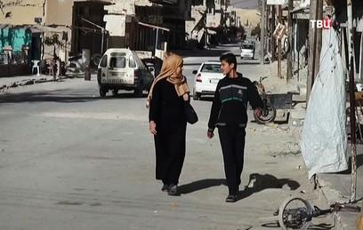 Сирийские беженцы восстанавливают родные села