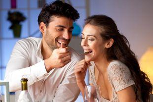 В каких продуктах искать страсть? Секреты романтического ужина