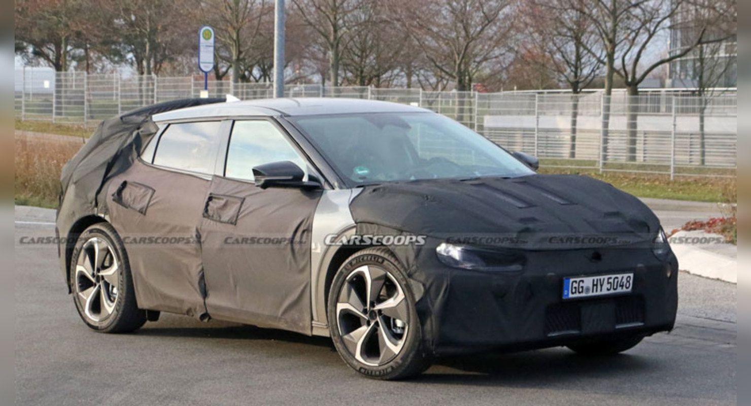 Новый электрокар Kia заметили на тестах Автомобили