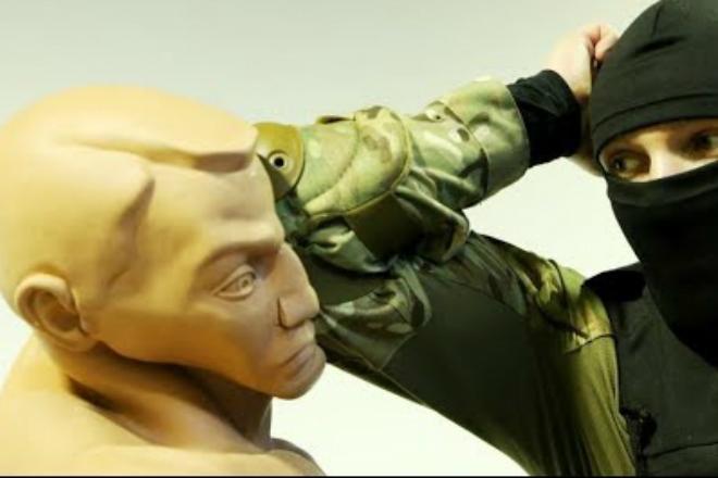 Как правильно работать локтями для самообороны: советы инструктора спецназа на видео