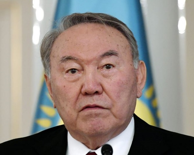 Эксперт: отставка Назарбаева означает большие перемены для РК новости,события