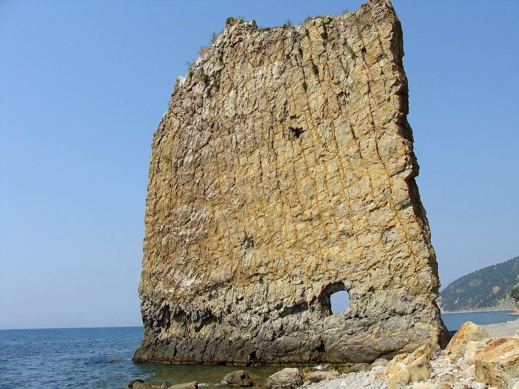Скала Парус - памятник природы в Краснодарском крае