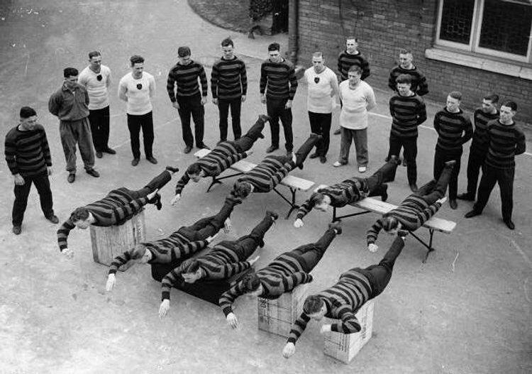 7. Уроки плавания в Англии, 1936 год интересно, исторические фото, история, ностальгия, фото