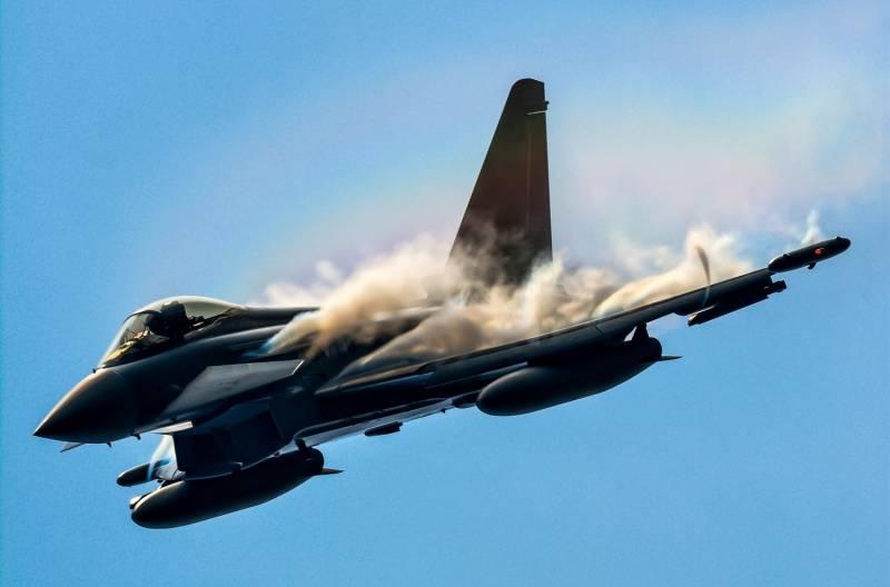 «Рассветные облака» обнулят потенциал ракет Р-77. Аргумент в пользу инфракрасной версии «Гадюки»