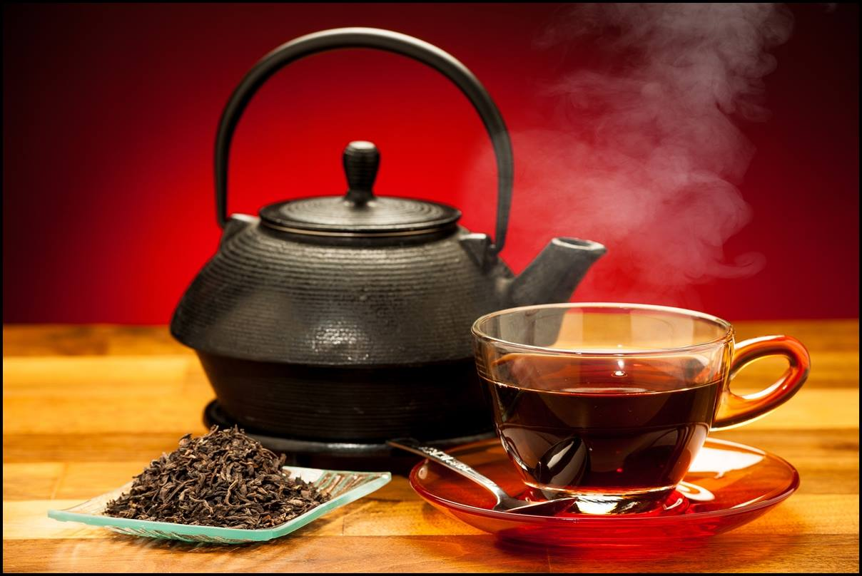 Почему не стоит пить чёрный чай сразу после еды