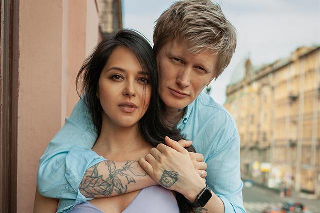 Вокалист группы Little Big Антон Лиссов впервые станет отцом