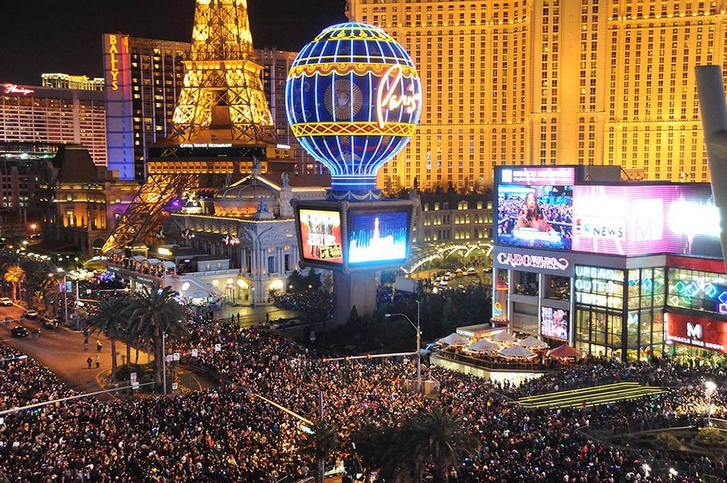 10 городов для встречи Нового года