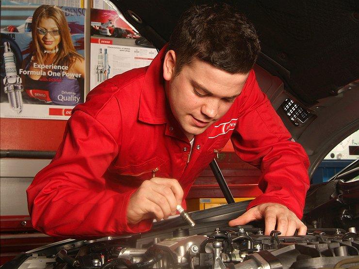Как по свече зажигания определить возможные неисправности двигателя