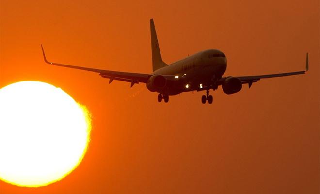 Пропавший в Зоне сумрака самолет вернулся через 37 лет… И снова исчез! dc-4