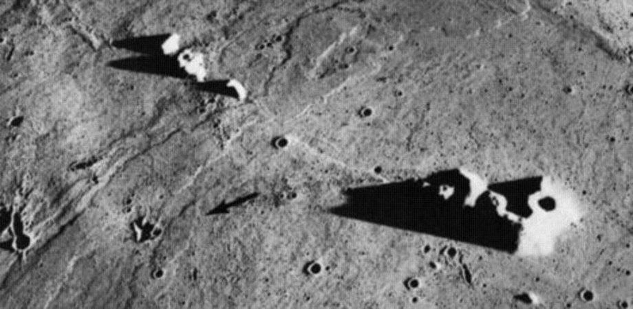 На Луне найдена база пришель…
