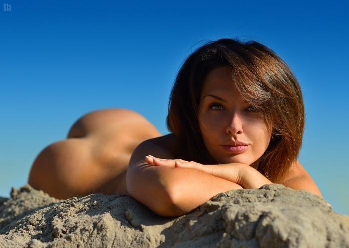 фото красивых голеньких девушек