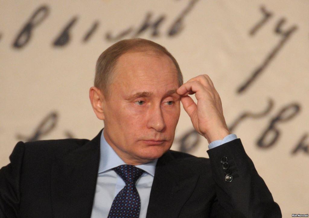 Новороссию ждет война, Путин…