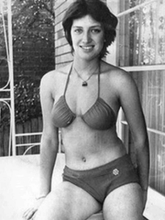 История советской девушки, которая переплыла бухту с акулами