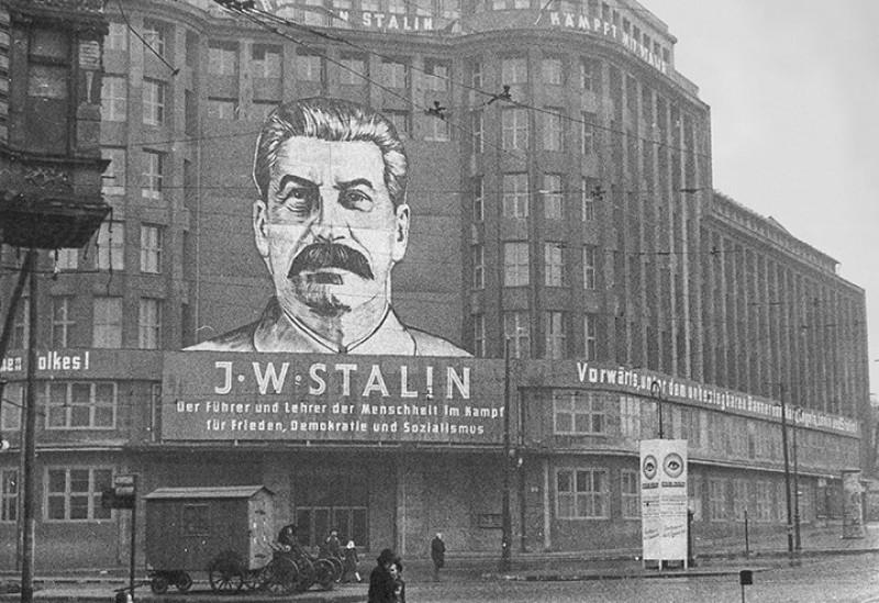Как Сталин восстановил в Восточной Германии демократию