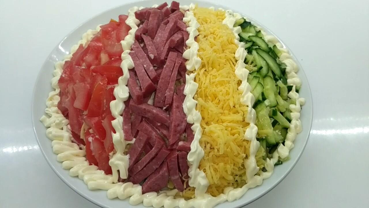 """Яркий салат """"Елисейские поля"""""""