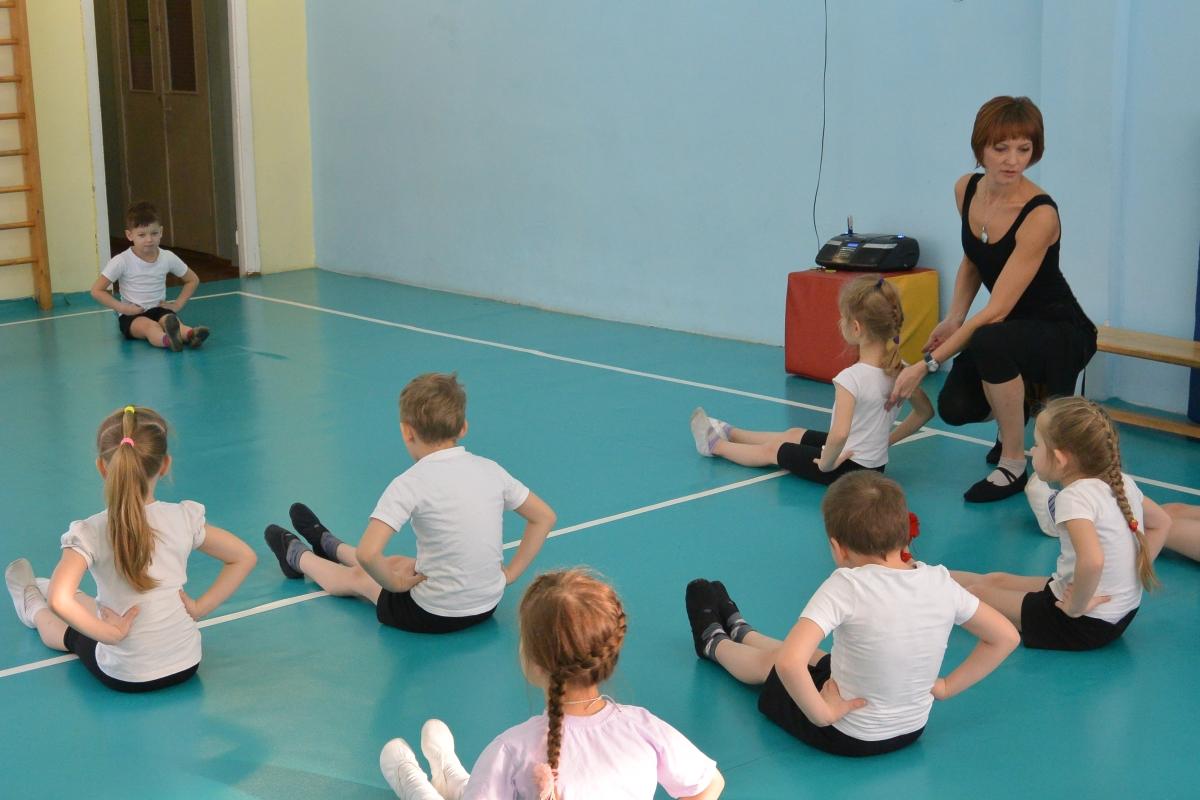 Инструктор по физической культуре картинка