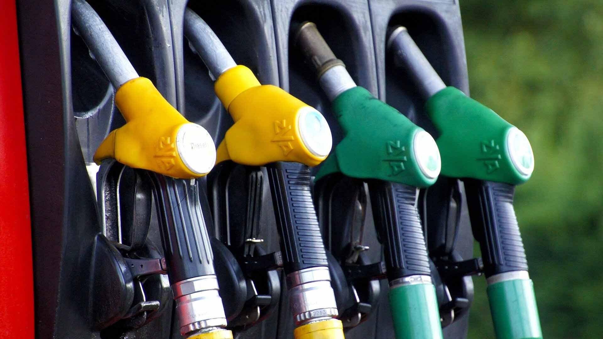 Американцы стали жечь больше топлива из-за внедорожников и пикапов Новости