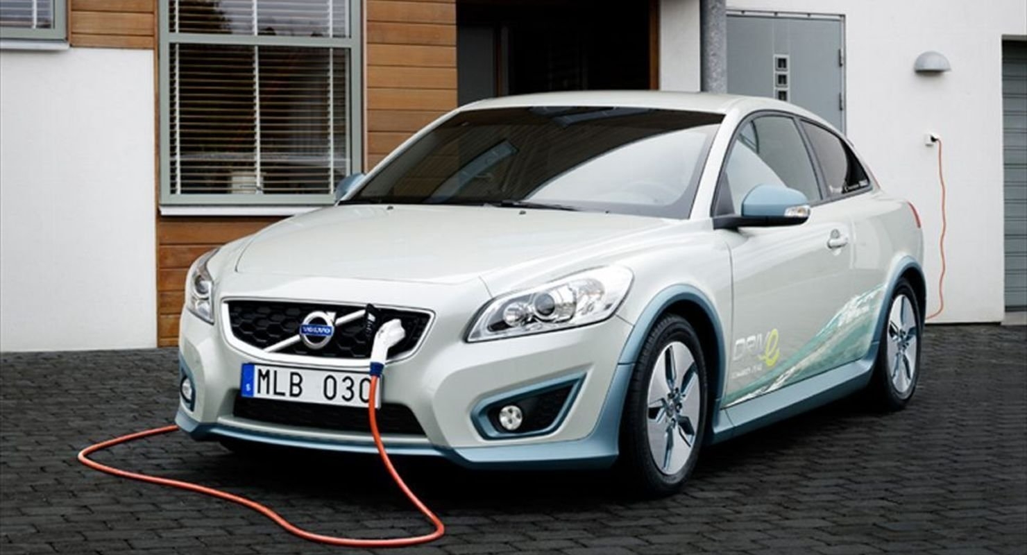 Электрокары Volvo будут использовать всесезонные шины Автомобили