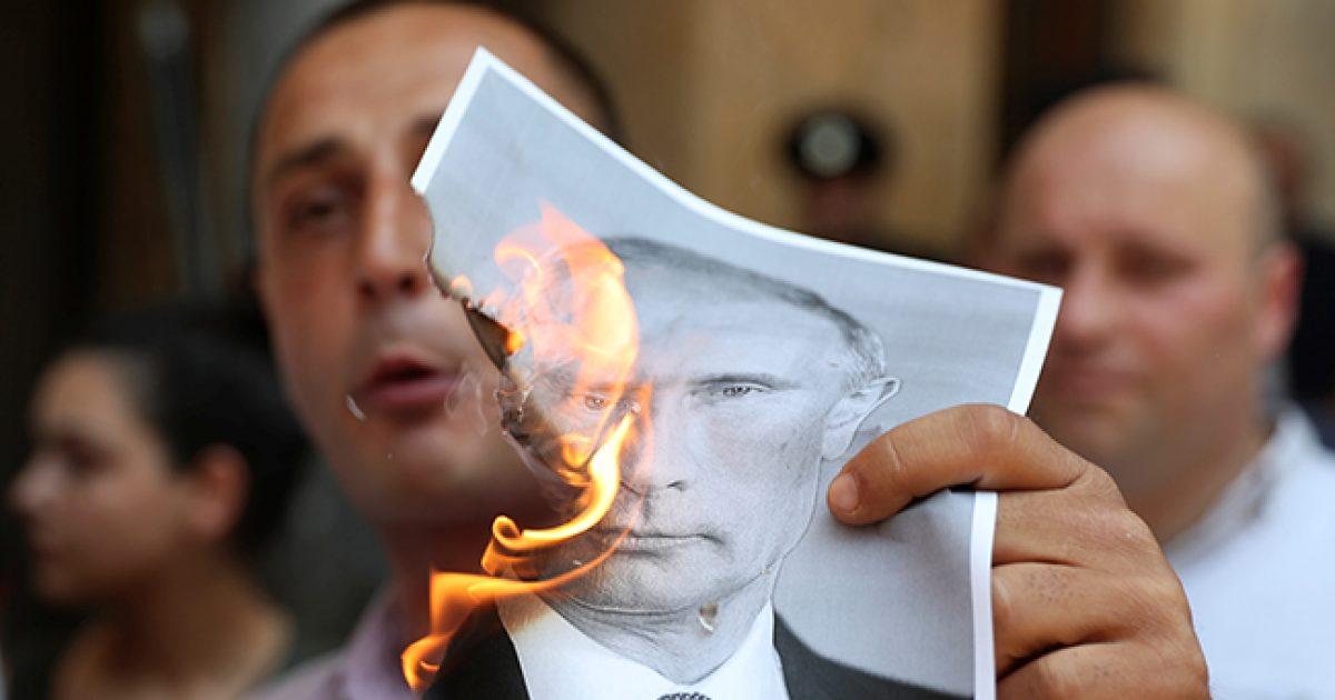 Почему также не поступает с Киевом? Москва не щадит Тбилиси и готовит новые санкции