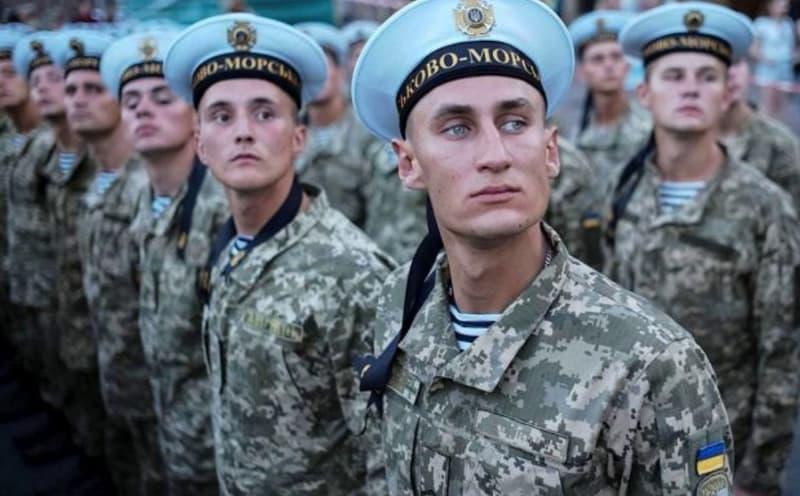 Киев назначает моряков командовать пехотой ВСУ, резервистов берут в морпехи