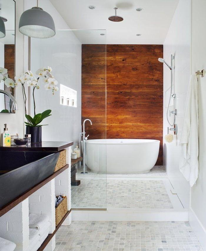 Присутствие натурального дерева в ванной добавит в интерьер еще больше тепла и уюта