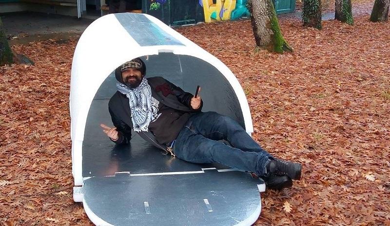 Как устроено иглу для бездомных