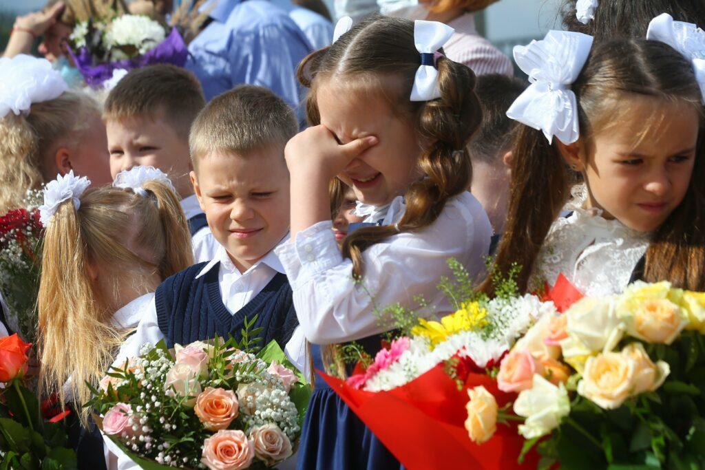Учебный год в российских школах начнётся в очном формате