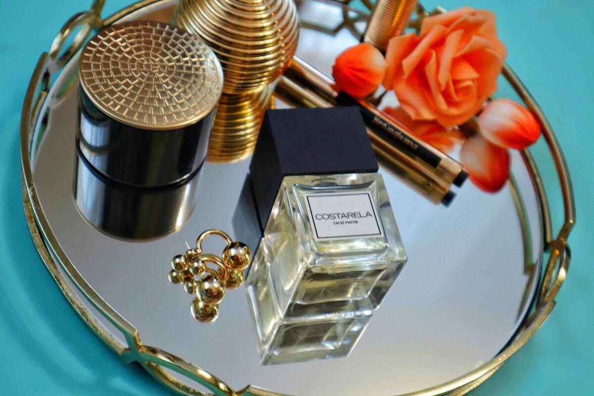Узнала, каким парфюмом пользуется хозяйка «моего» салона: целенаправленно пошла его покупать