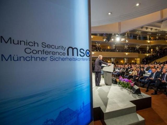 Мюнхенская конференция по безопасности: Россия и НАТО находятся на грани войны