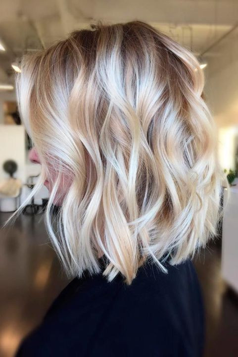 Модное колорирование на светлые волосы