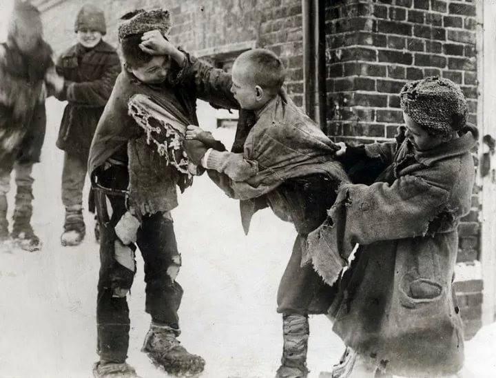 Жертвы сталинских репрессий.…