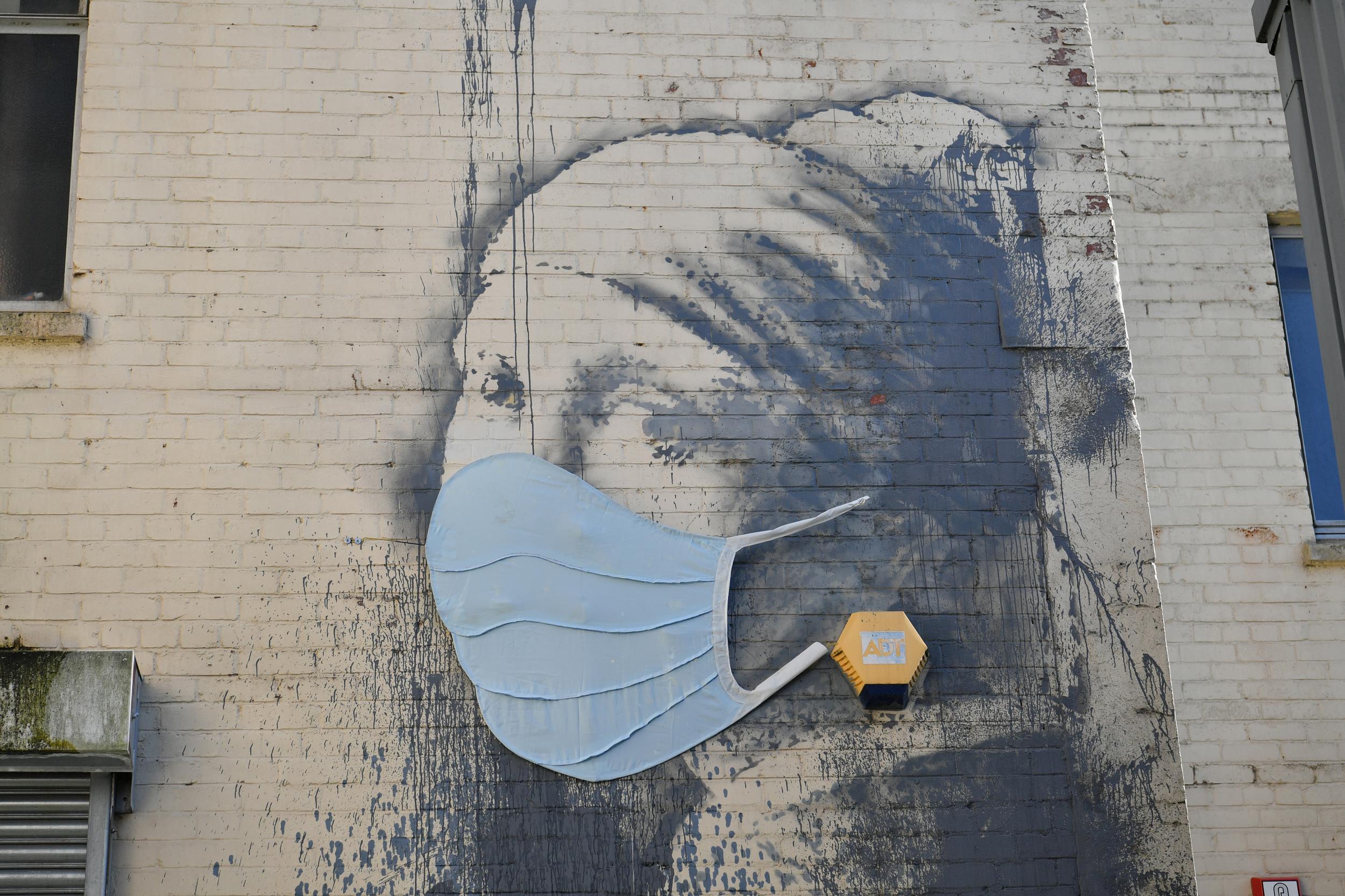 Стрит-арт против коронавируса: 20 лучших работ со всего мира