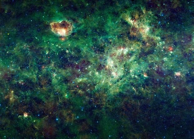 «Радиоастрон» разглядел водный мазер размером с Солнце
