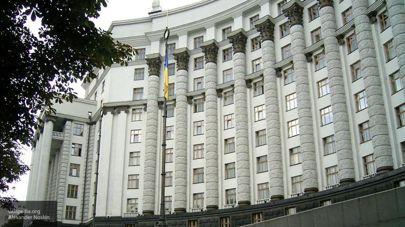 Минфин: Украине придется выплатить свыше пяти млрд долларов по внешним долгам